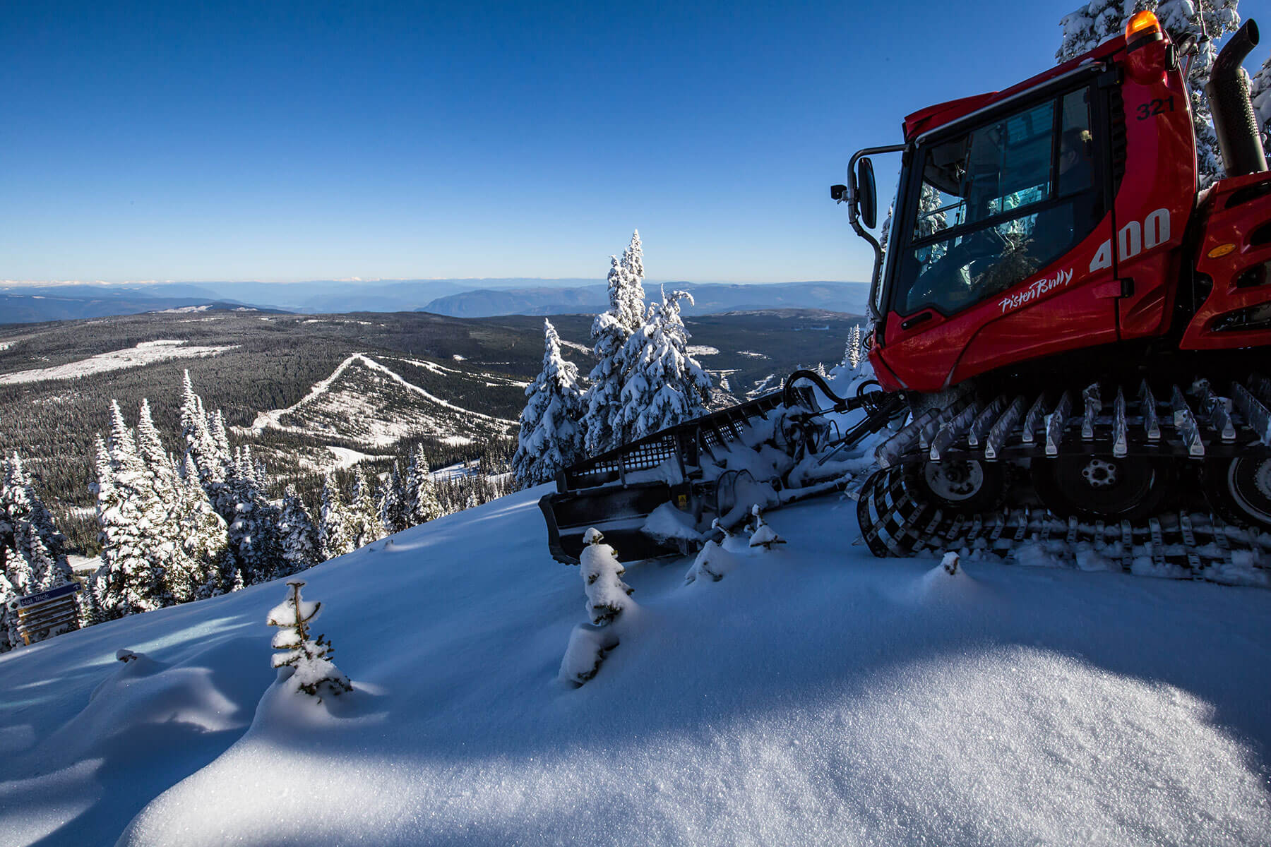 Sun Peaks groomed trails and Pistenbully