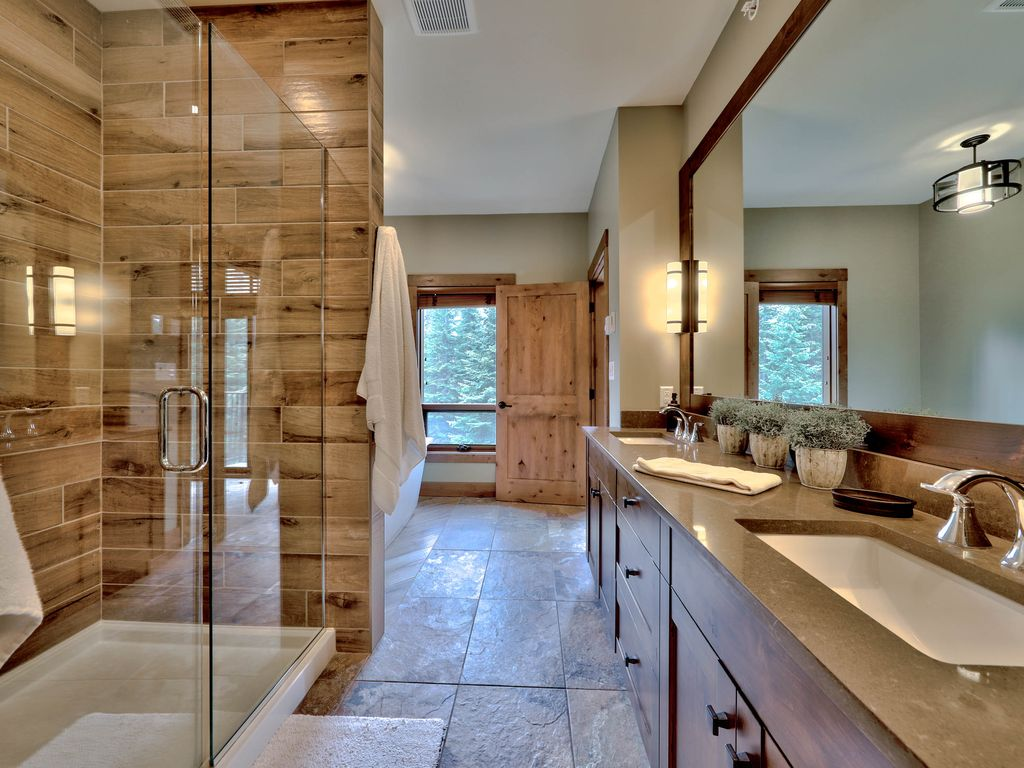 Luxurious and spacious Village Walk ensuite bathroom