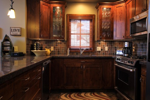 Luxurious, fully-equipped Trapper's Landing Kitchen