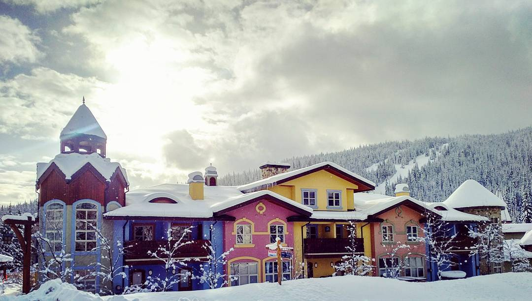 Crystal Forest Sun Peaks Pet-Friendly Vacation Rental