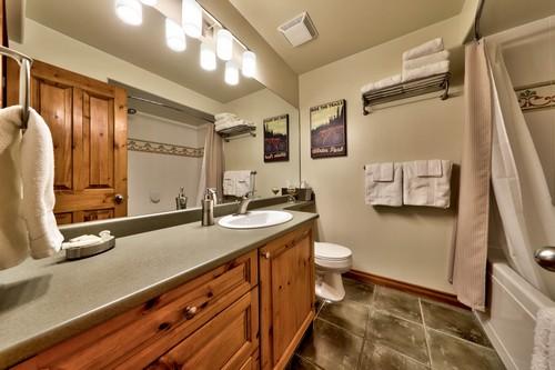 Timberline Village main bathroom