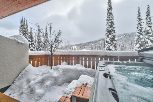 Timberline Village sun deck