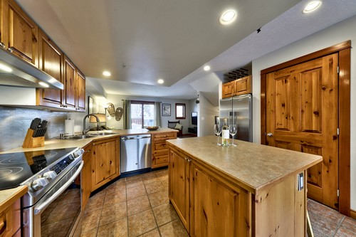 Well-stocked Timberline Village kitchen