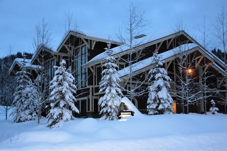 Save on Sun Peaks accommodations