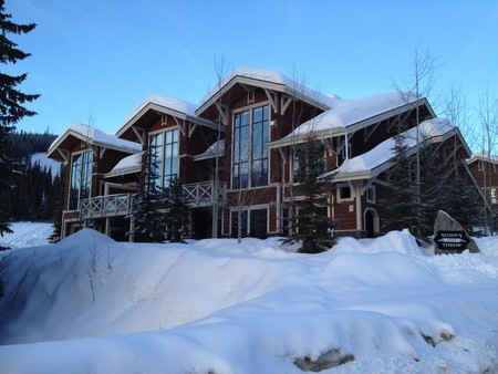 Popular Stone's Throw condos at Sun Peaks
