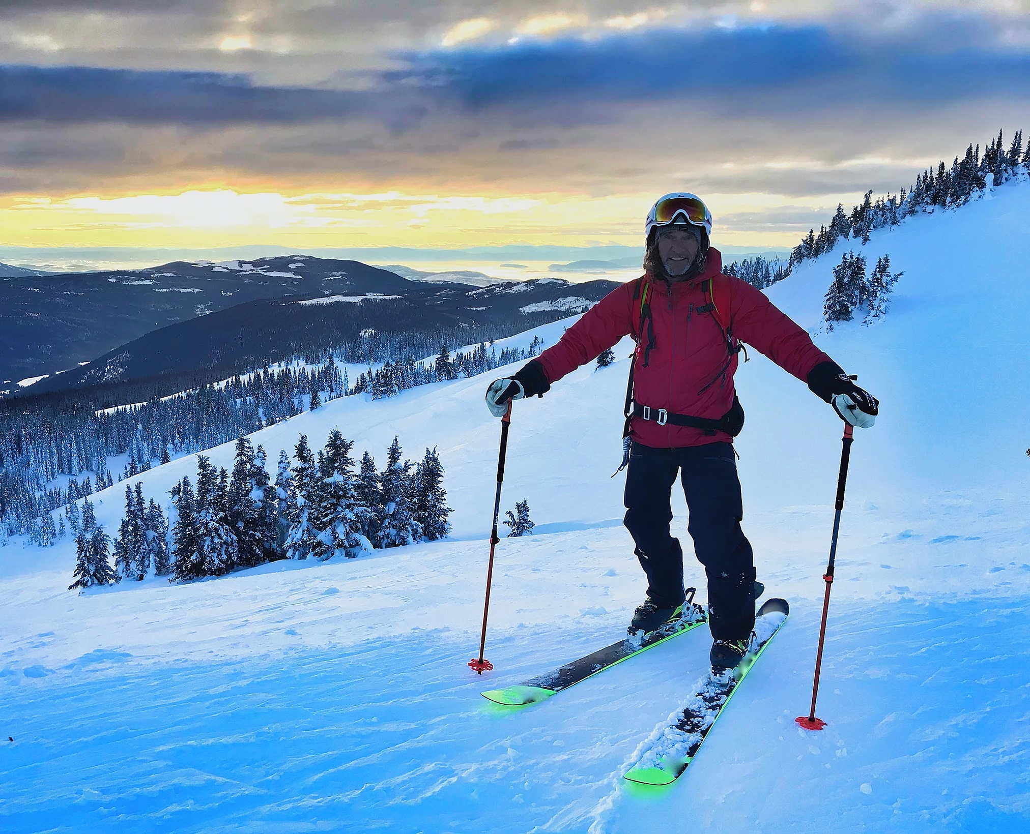 Sun Peaks Backcountry & Avalanche Safety (photo Bodie Shandro)