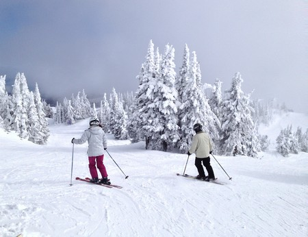 Best Sun Peaks Vacation ski holiday planning guide