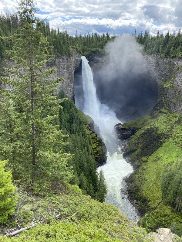 Helmcken Falls - Wells Gray Park