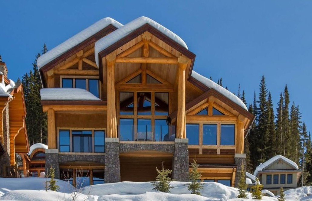 Sun Peaks luxury ski chalet for rent - the Cabin