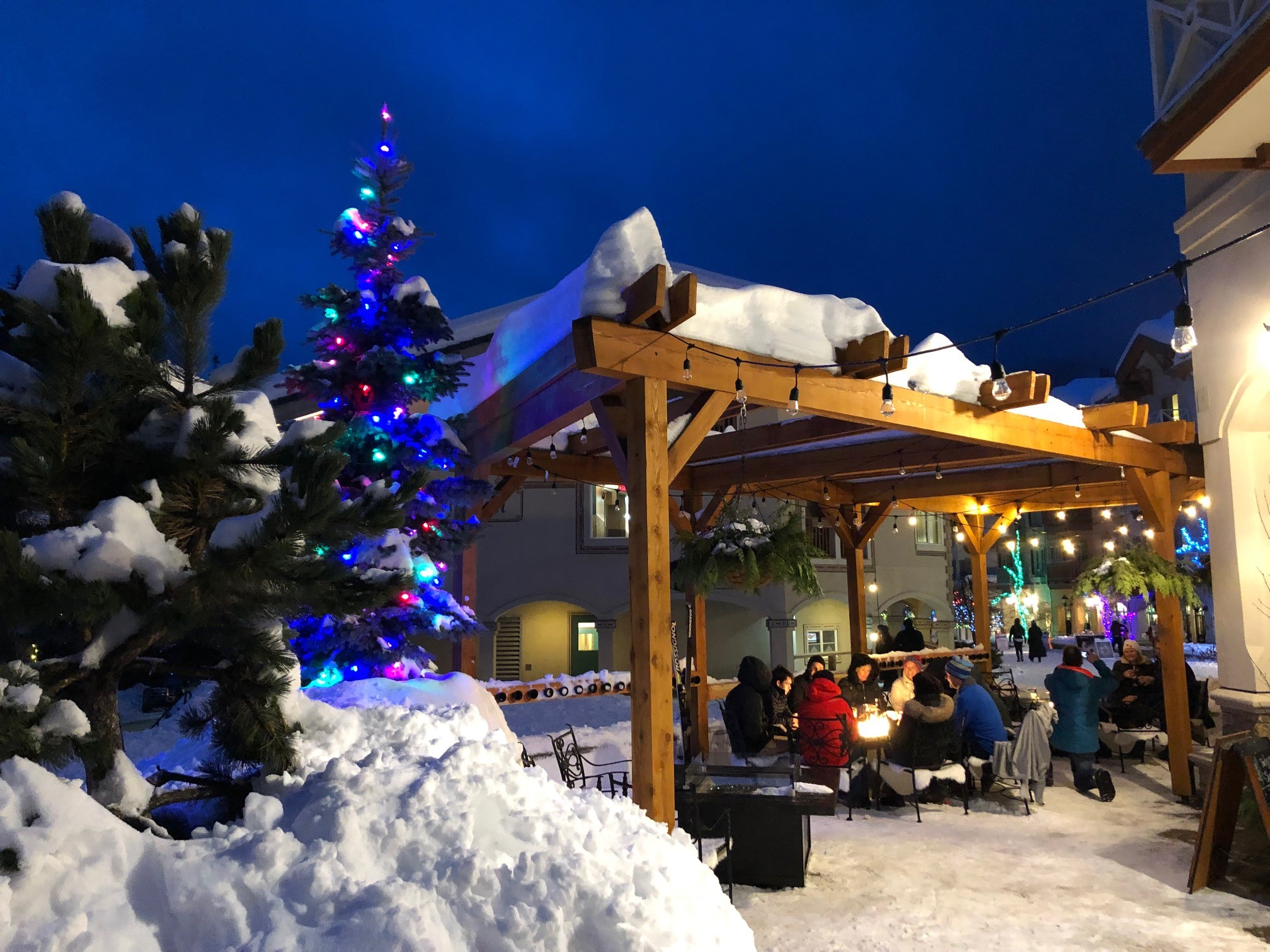Morrisey's Sun Peaks outdoor patio