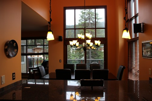 BestSunPeaks townhouse with vaulted ceiling in Trapper's Landing
