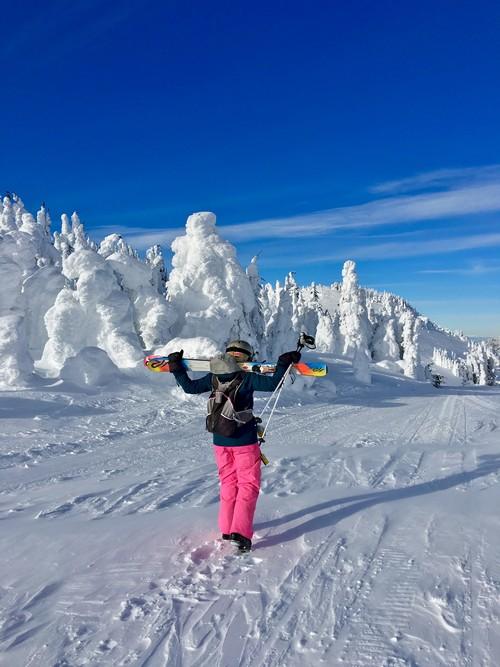 Hiking to the Gil's Ski Area - photo @Putsky88